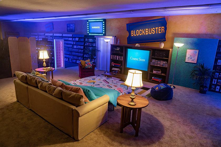 AirBnb the last Blockbuster store Oregon
