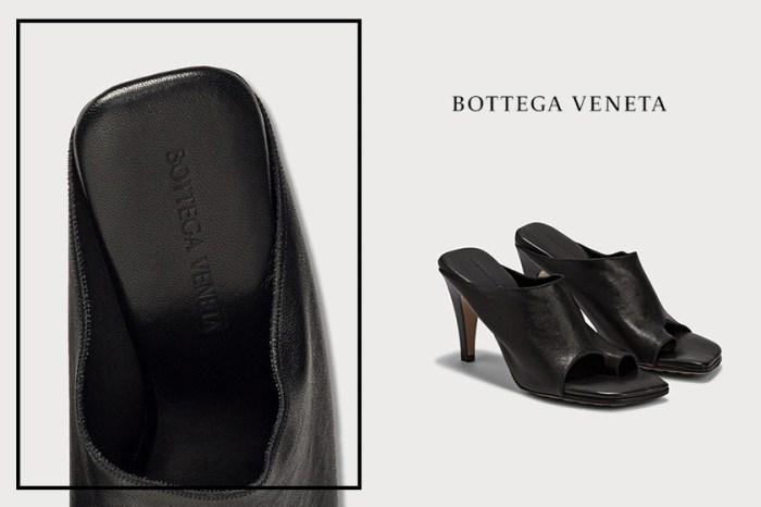 膩了大眾款?Bottega Veneta這雙分趾方頭涼鞋,默默被藏起來!