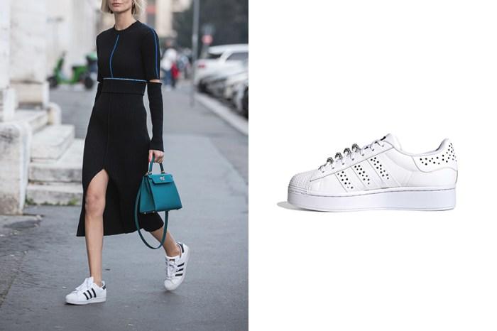 一個奢華細節,讓 adidas Originals 這雙純白基本款 Superstar 變得與眾不同!
