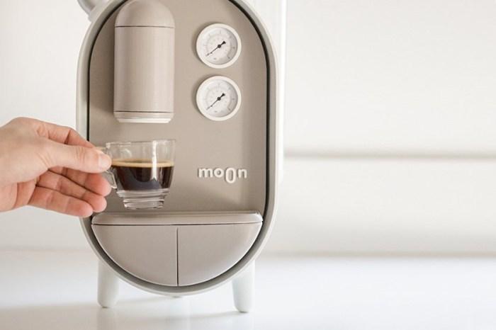 一杯咖啡開啟美好早晨:以色列設計師為居家咖啡機帶來極簡的質感設計!