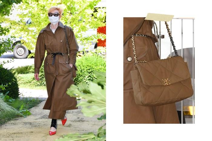 一件風衣、一枚 19 Bag、一對雙色鞋… Tilda 的小香風格總率性得令人著迷!