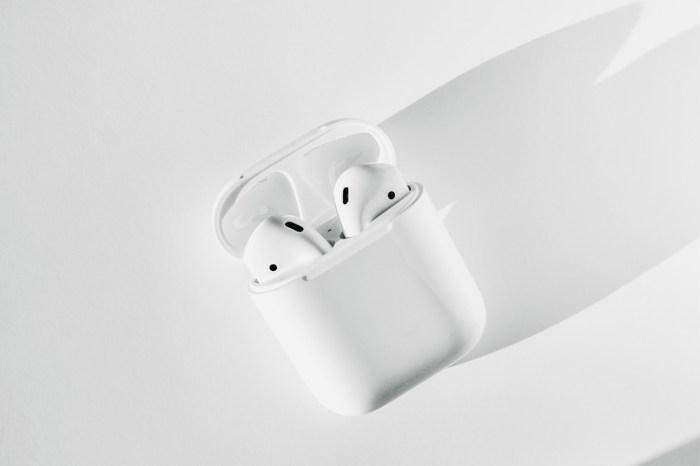 Apple 第 3 代 AirPods 推出日子傳出,或許比大家預期中還要遲呢!