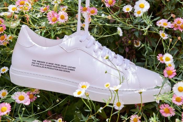 為什麼 Pangaia 這雙看似極簡的純白波鞋,背後理念引起時髦女生關注?