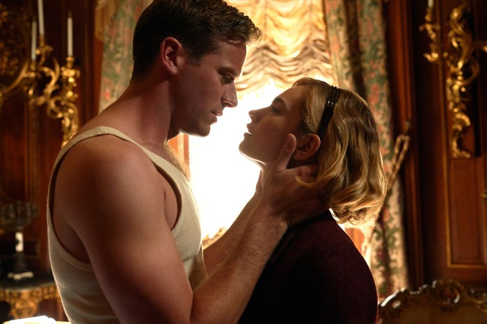 「所有婚姻裡都有秘密…」被指比《失蹤罪》更出色,驚悚迷不能錯過 Netflix 這部全新作品!
