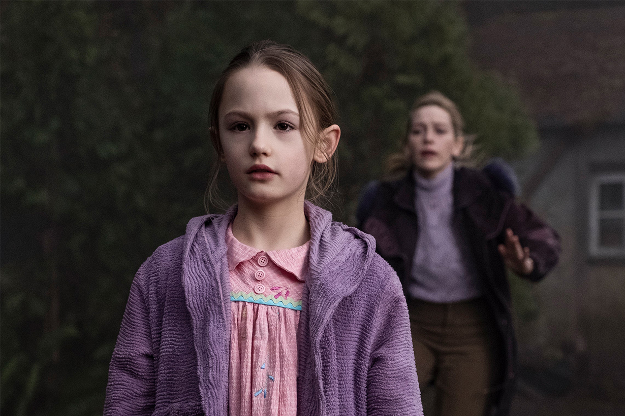 Netflix The Haunting of Bly Manor Victoria Pedretti
