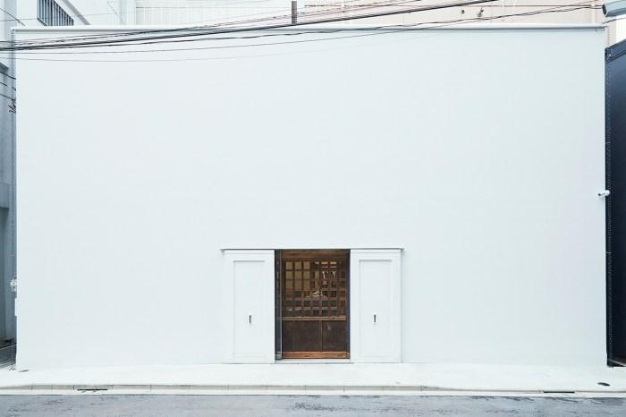 敞開極簡的白色大門,這間 New Balance 和你逛過的店舖都不一樣!
