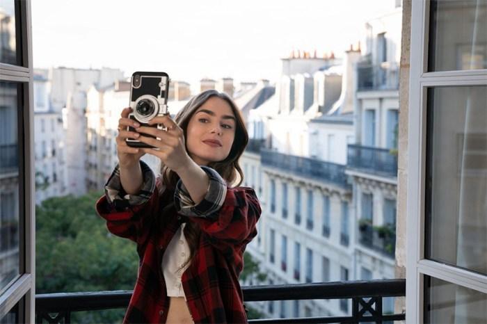 搜尋率急升:時裝以外,《Emily In Paris》這件配件也成為女生們搶購的單品!