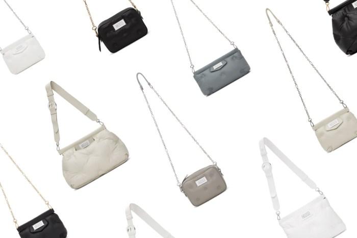 多種尺寸+質感配色:療癒的 Maison Margiela 枕頭包將再次成為秋冬 It Bag!