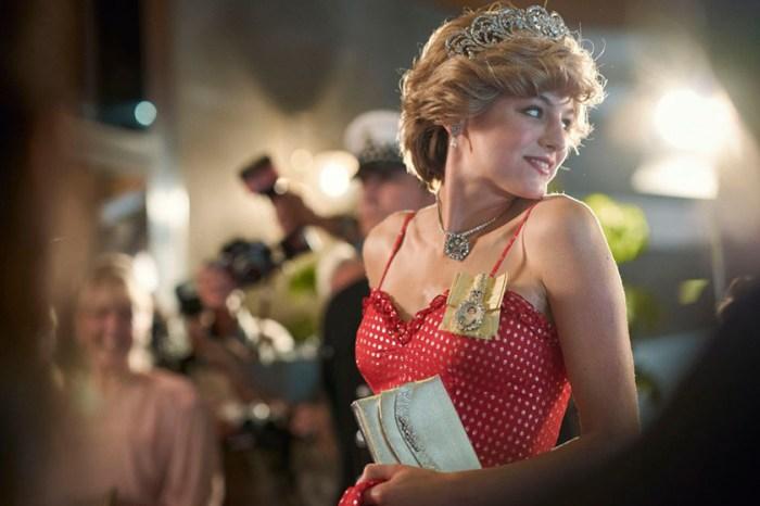 完美重現黛安娜王妃的優雅神態:第四季《王冠》最受矚目的新星 Emma Corrin!