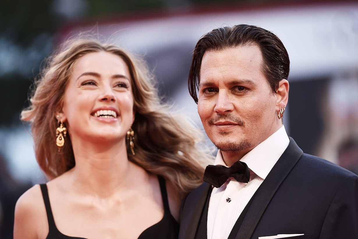 Johnny Depp Amber Heard divorce VIOLENCE - amber heard not the pooper Johnny depp bed dog judge ruling