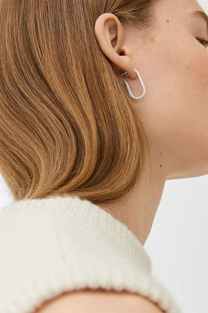 ARKET LAUNCHES ITS FIRST-EVER JEWELRY LINE