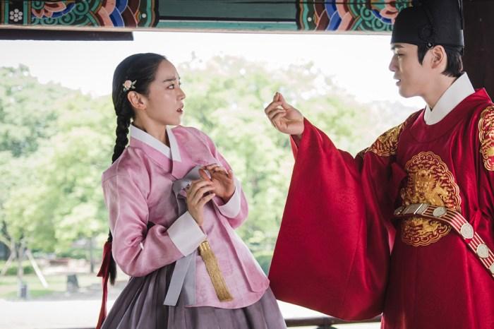 顛覆古裝韓劇的傳統,新劇《哲仁王后》將會帶來極搞笑的「男男愛情故事」!