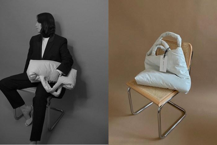 媲美 Bottega Veneta:療癒的枕頭包,荷蘭小眾手袋最搶手配色?