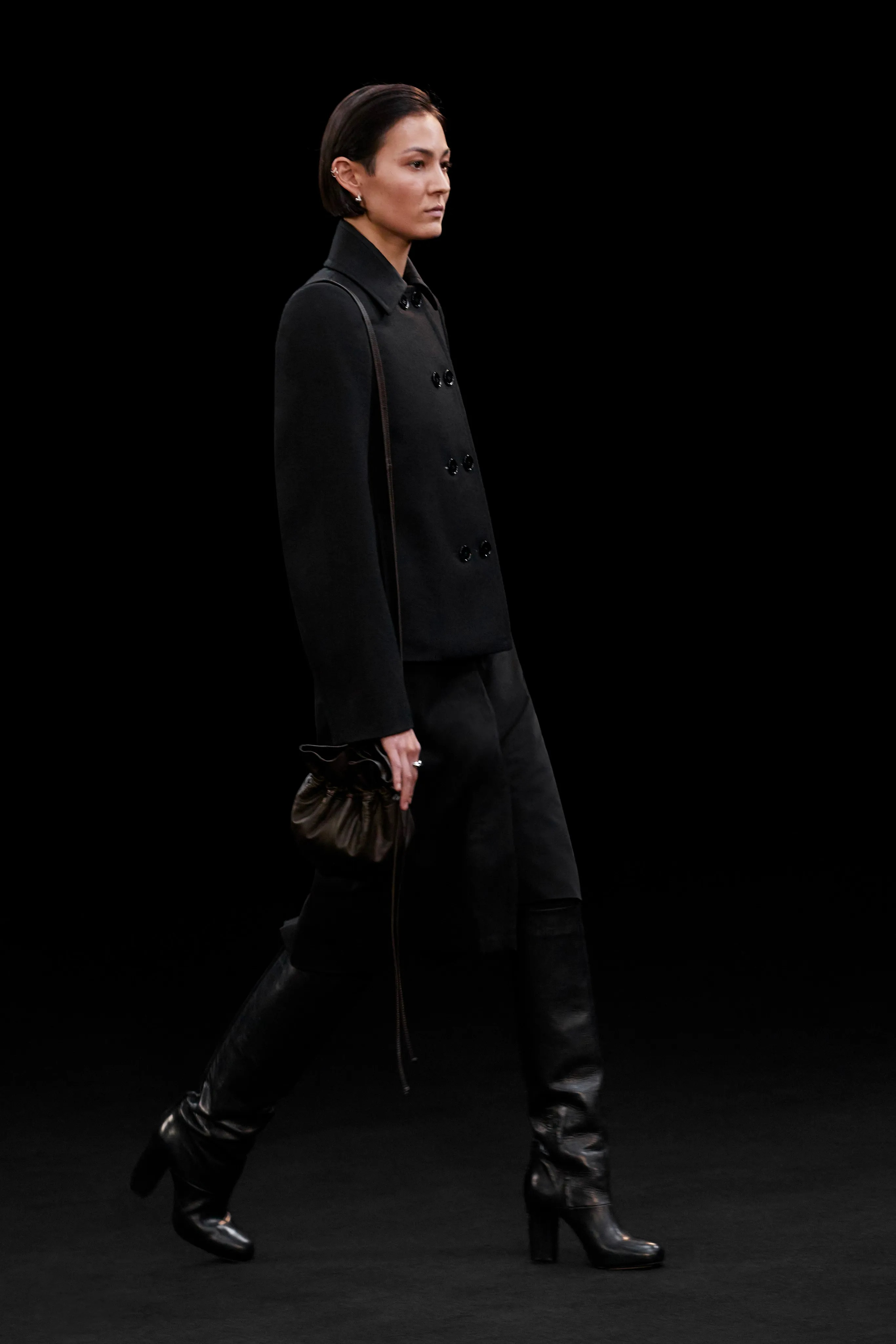lemaire 2021 fw fashion week layer monotone items