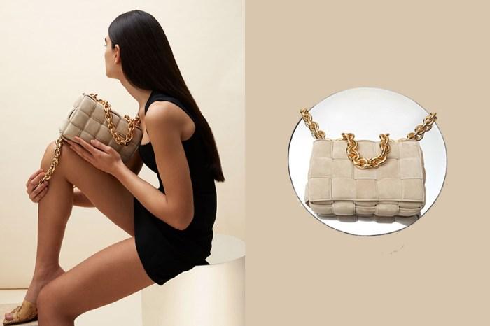 優雅的溫柔質感:Bottega Veneta 為人氣 Cassette Bag 推出不同以往的設計!
