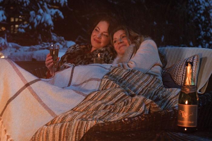 一上線馬上竄紅:Netflix 劇集《Firefly Lane》已經成為全球觀看冠軍!