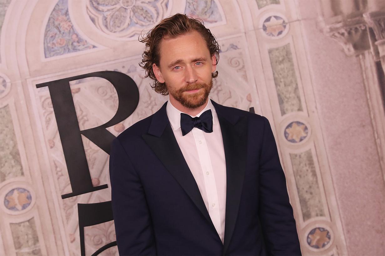 Tom Hiddleston Apple TV+ The Essex Serpent Claire Danes