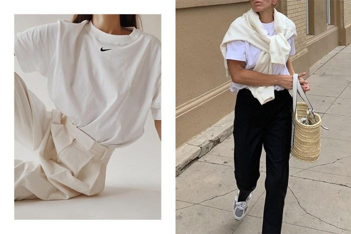 時髦女生的衣櫃常備單品:Nike 這件迷你 Logo Tee 為何如此受到歡迎?