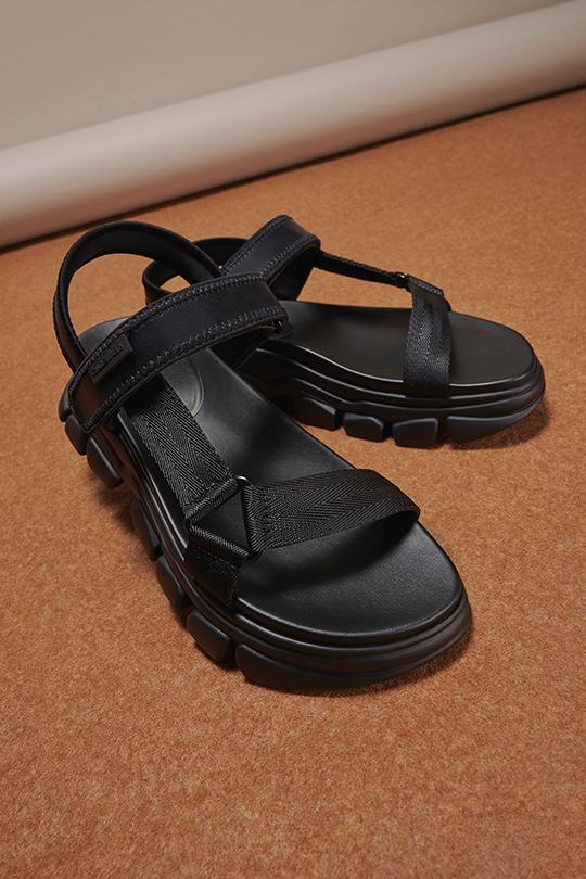 Charles & Keith MySummerMyWay Dash sandals