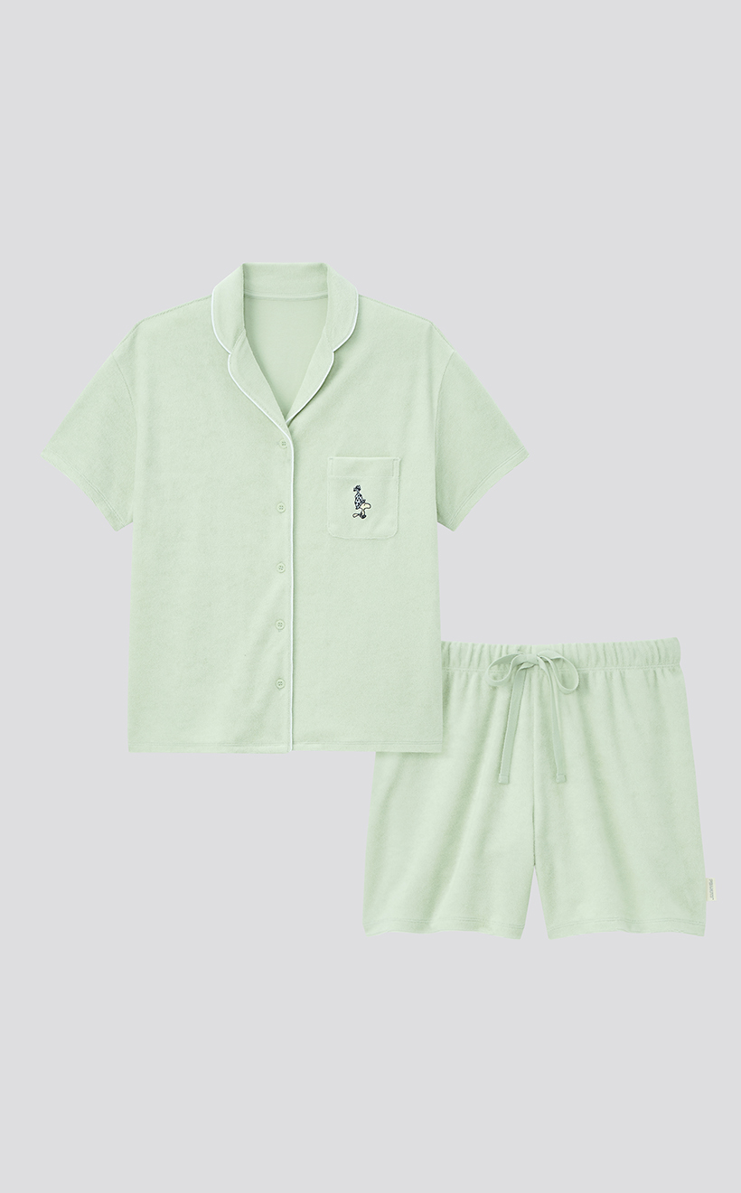 UNIQLO PEANUTS SUMMER HOLIDAY COLLECTION 2021