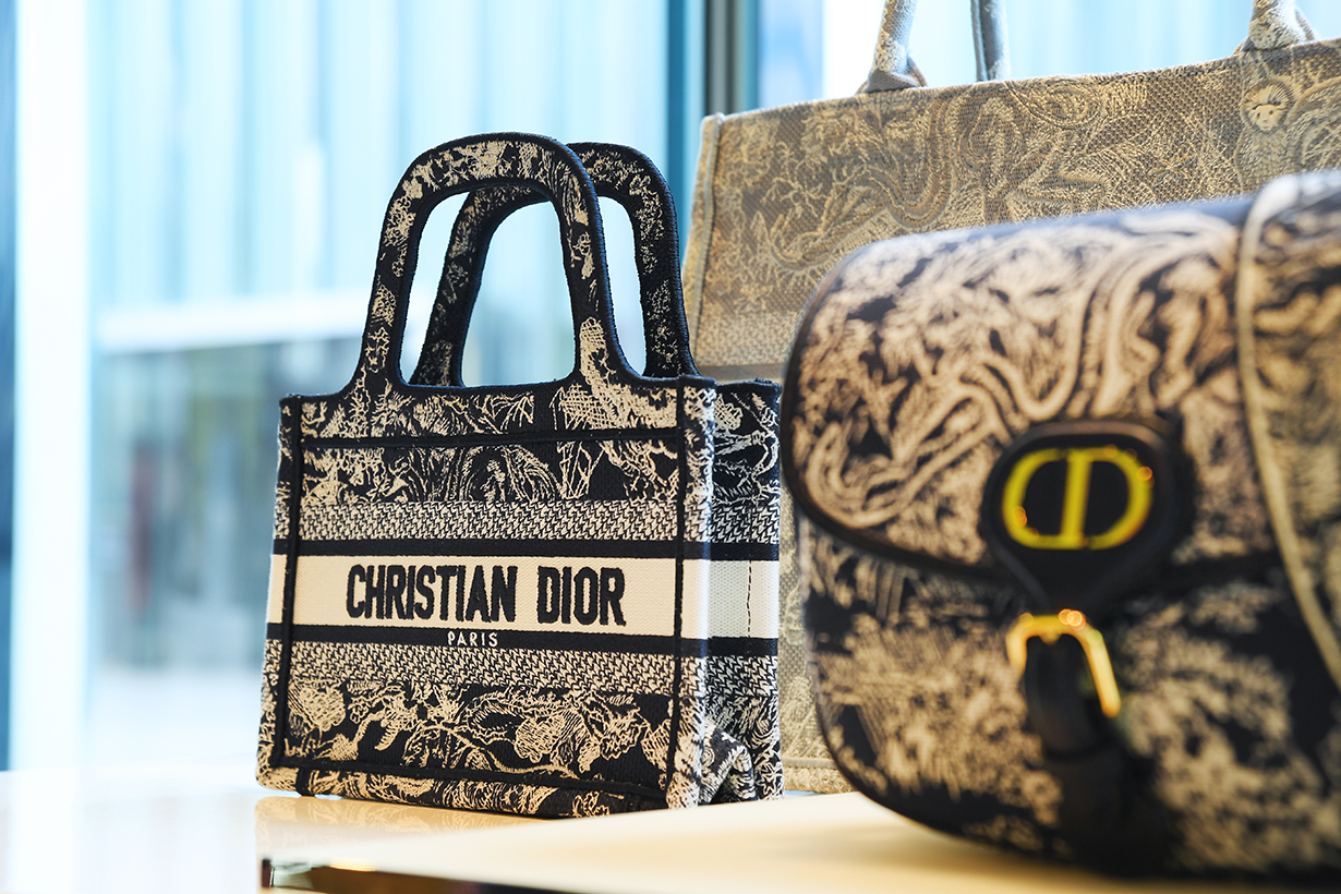 Dior DIORIVIERA K11 Musea POP UP