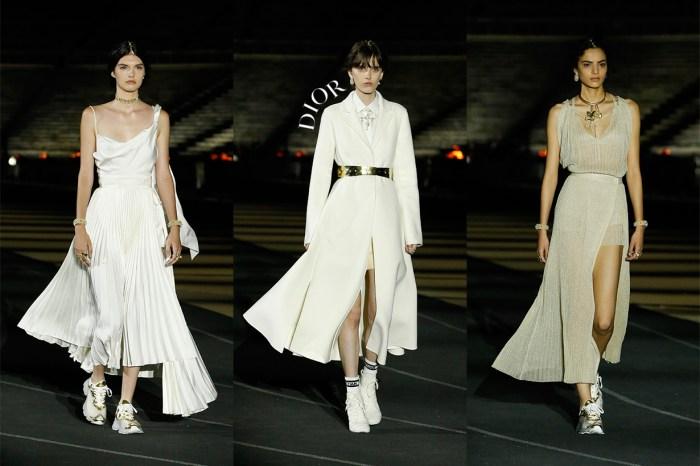 讓希臘女神穿上了波鞋:2022 早春系列 Dior 的優雅,又自由又迷人