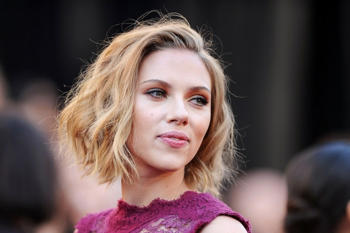 不親身出席《黑寡婦》宣傳活動是有原因的,原來 Scarlett Johansson 懷孕了!