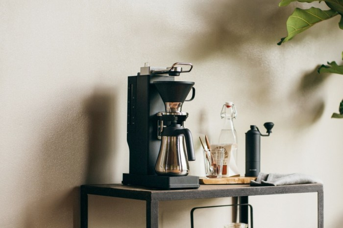 烤吐司機的完美拍檔:BALMUDA 研發 6 年,推出咖啡機 The Brew!