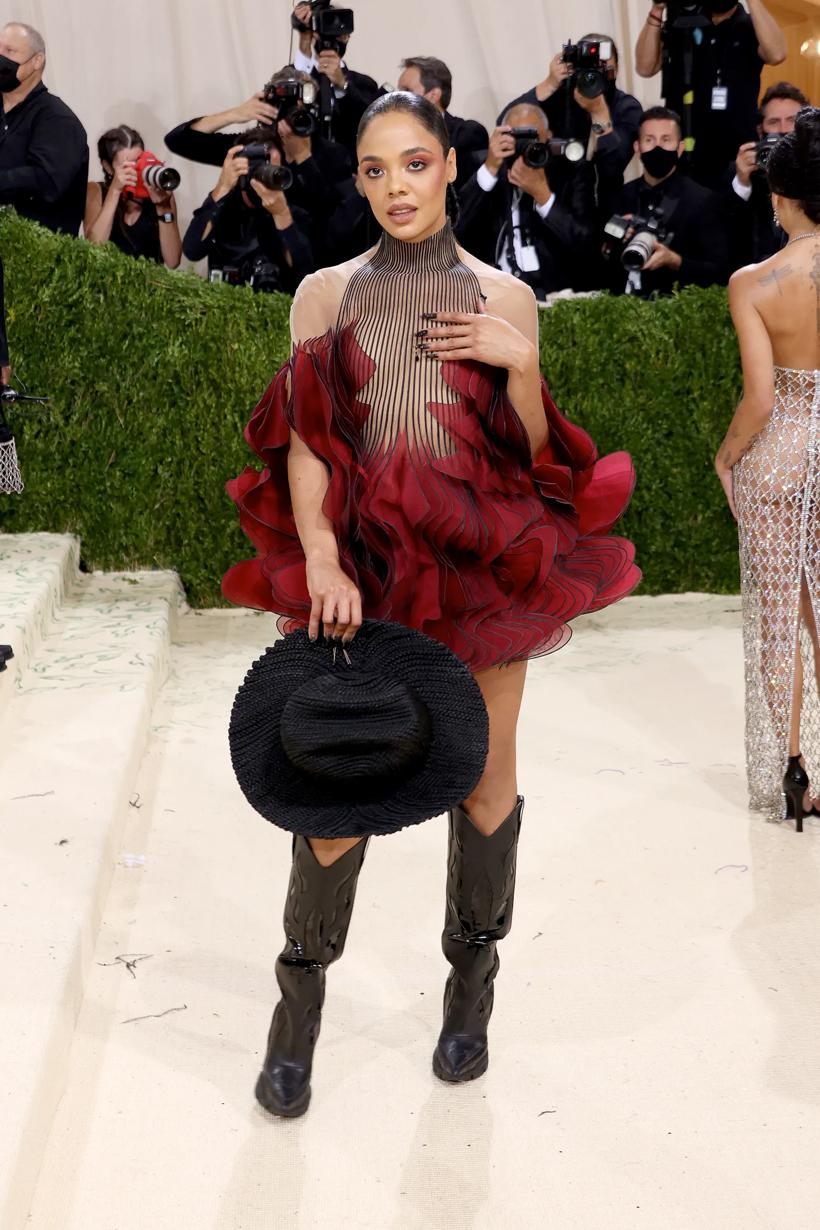 met gala billie kim kanye kendall naomi timothee rose red carpet all 2021