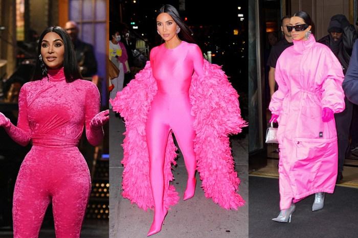 以三套 Hot Pink 造型登場 SNL,有誰能比 Kim Kardashian 更會駕馭 Balenciaga?