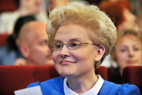 Елена Малышева биография, личная жизнь, семья, муж, дети ...