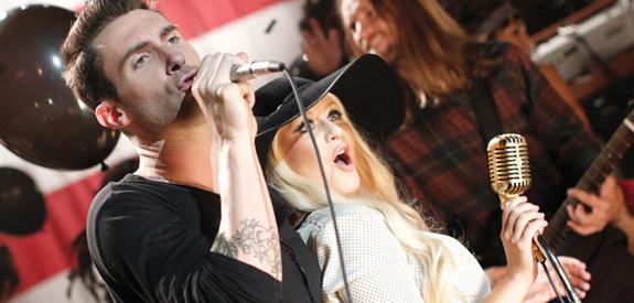 Maroon 5 and Christina Aguilera - Moves Like Jagger