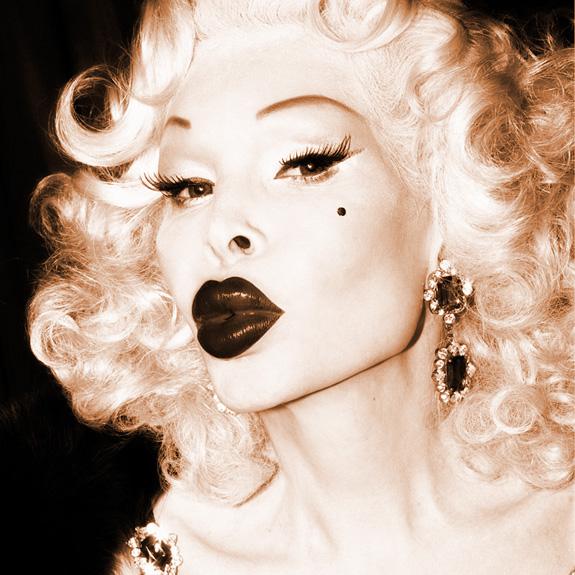 Amanda Lepore featuring Cazwell - Marilyn