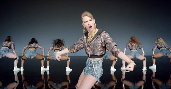 "Taylor Swift ""Shake It Off"""
