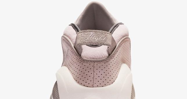 NikeAirZoomFlight95 Pearlpink 01