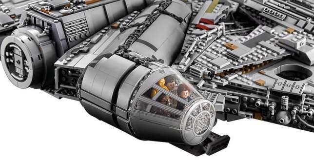 LEGO MilleniumFalcon 02