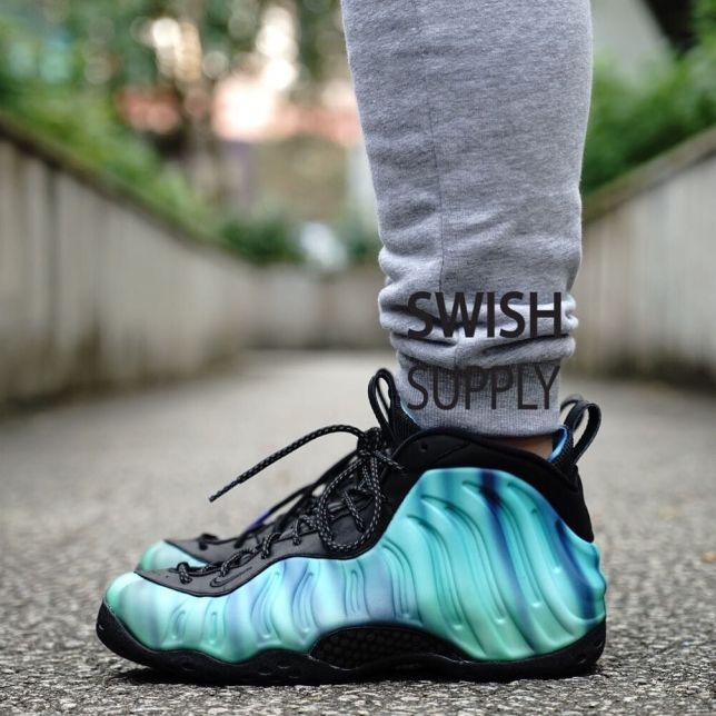 Nike Air Foamposite One Northern Lights 01