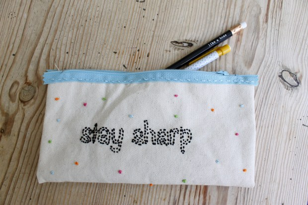 Embroidered pencil case for back to school | Popcorn & Chocolate