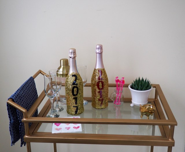 Glitter champagne bottle for New Years | Popcorn and Chocolate