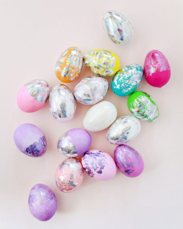 Hologram foil easter egg
