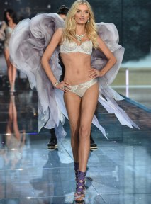 VS - 2015 - Portrait of an Angel - Lily Donaldson