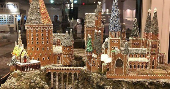 Canadian Bakery Casts A Magical Holiday Spell With Giant Hogwarts Gingerbread House