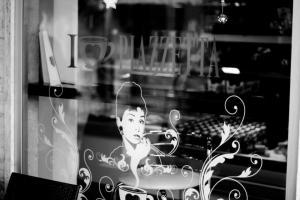 Audrey Hepburn in Italy (Gabriella Cilmi)