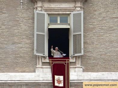 letzter-angelus-gottesdienst-rom-2013