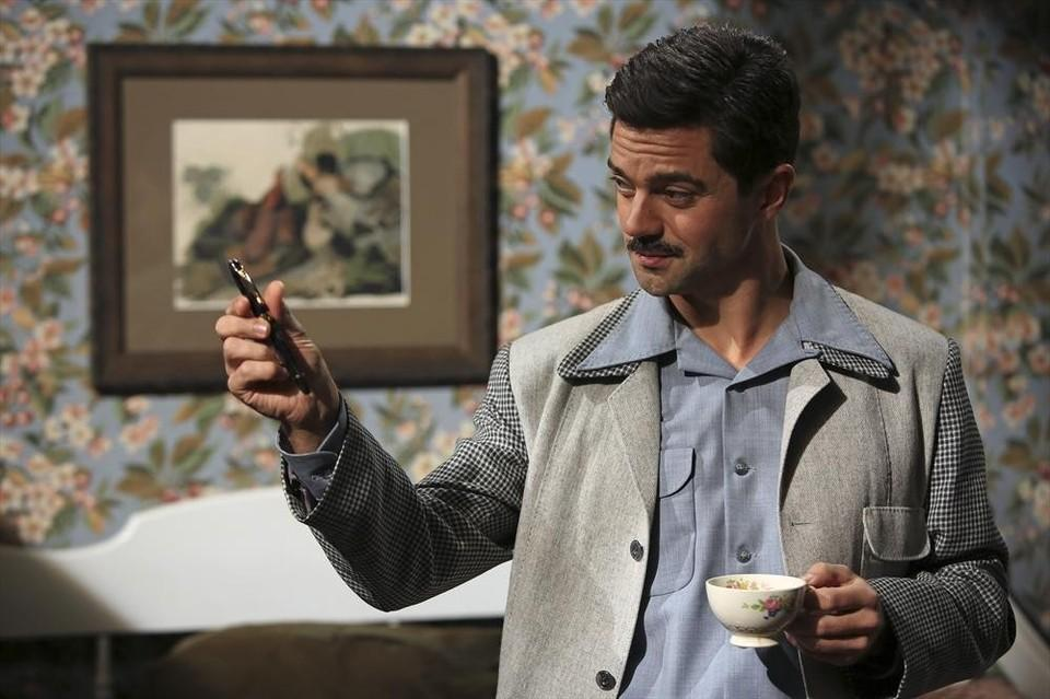 """MARVEL'S AGENT CARTER - """"The Blitzkrieg Button"""" - Peggy may be in more trouble than usual when fugitive Howard Stark suddenly returns for mysterious reasons. And Chief Dooley chases a new clue all the way to Europe that threatens to destroy Peggy's future at the SSR, on """"Marvel's Agent Carter,"""" TUESDAY, JANUARY 27 (9:00-10:00 p.m., ET) on the ABC Television Network. (ABC/Matt Kennedy) DOMINIC COOPER"""