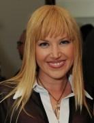 Adrienne Frantz Medium Straight Layered Hairstyles 2013