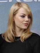 Emma Stone Sleek Medium Straight Hairstyles 2013