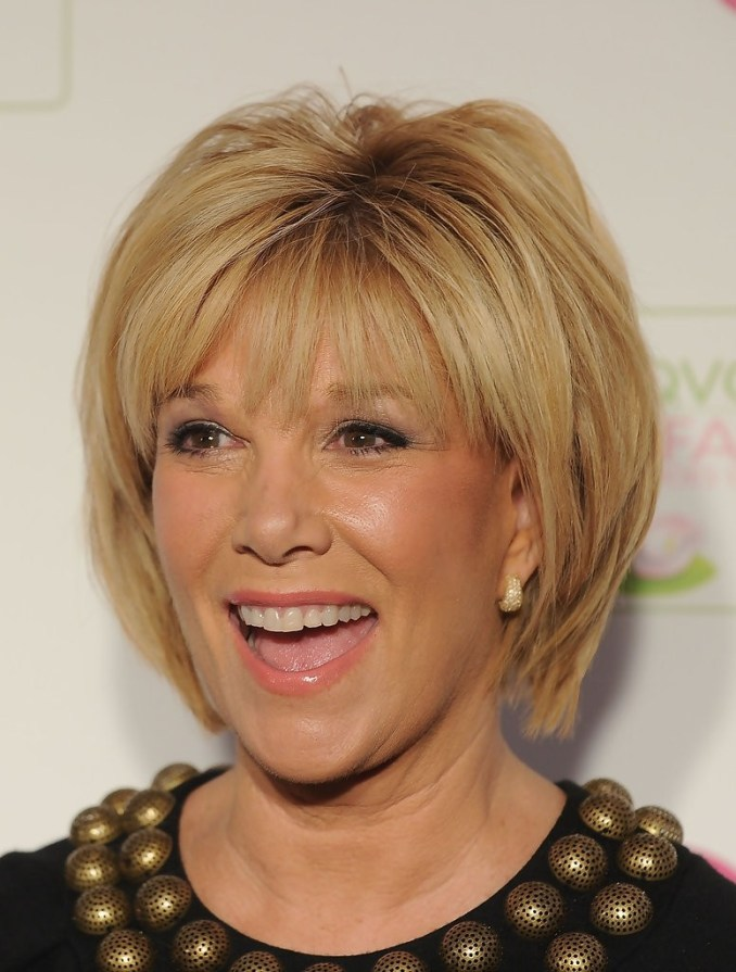 25 easy short hairstyles for older women - popular haircuts