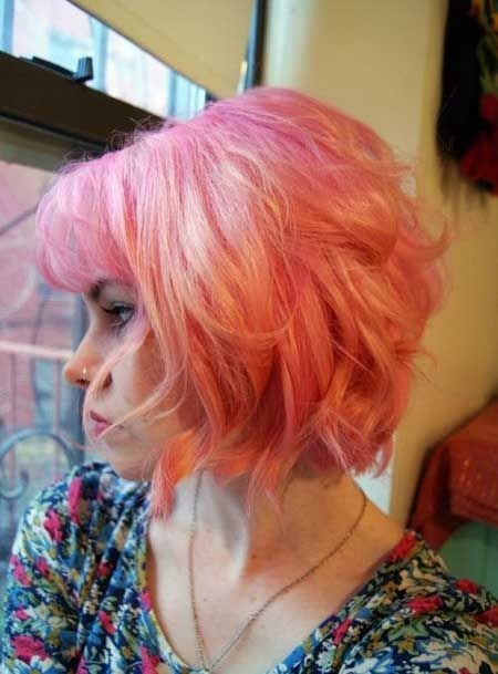 Curly Bob Hairstyle for Short Hair: Women Haircuts