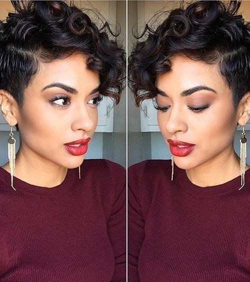 Pretty Pixie Hairstyles for Curly Bangs - Chic Curly Short Hairstyles